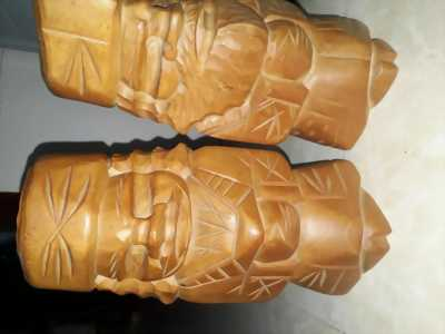 Cặp tượng gỗ của nhật