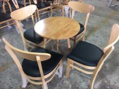 Bàn ghế dành cho gia đình , quán ăn , quán cà phê , trà sữa giá rẻ , khu vực Vũng tàu , đồng nai , bình dương , tphcm và các khu vực lân cận