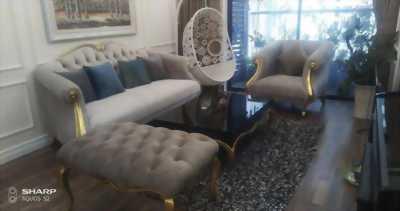 Bộ sofa Christopher Guy phong cách tân cổ điển sang trọng mang dấu ấn hoàng gia