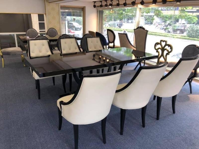 Bộ bàn ghế ăn tân cồ điển vừa đáp ứng được giá trị thẩm mỹ vừa chất lượng cao
