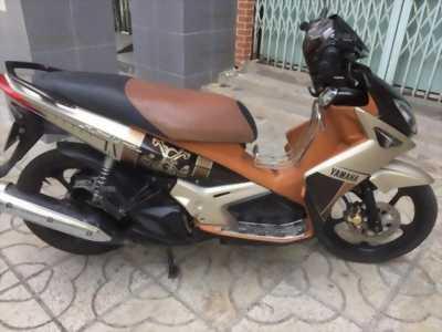 Mình cần bán xe Yamaha Nouvo, màu nâu vàng, ngay chủ