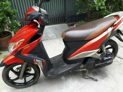 Yamaha Luviasd màu đỏ
