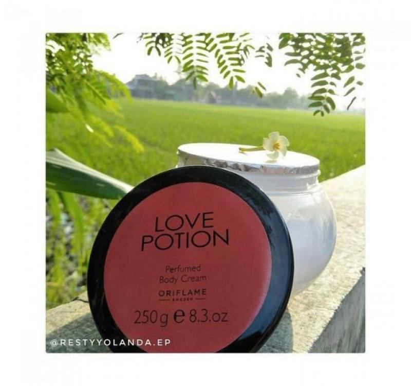 Bộ sản phẩm nước hoa nữ hương thơm quyến rũ, nóng bỏng Love Potion