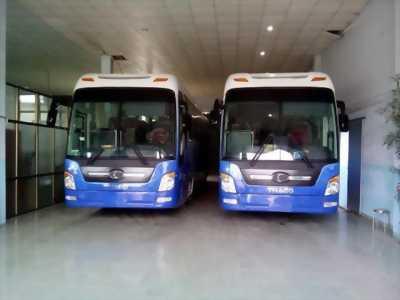 Xe khách cao cấp Thaco Universe HB120S, 47 chỗ, 410PS