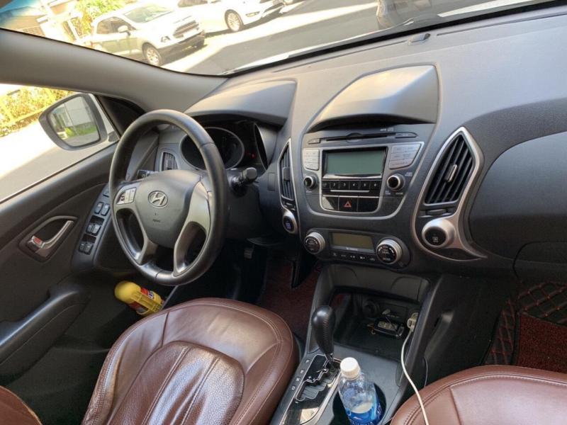 Bán Hyundai Tucson 2012, tự động, máy xăng, xe màu nâu đất