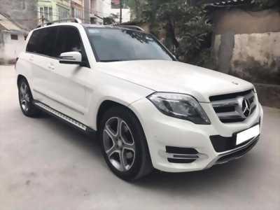 Cần tiền bán gấp xe GLk 220, sản xuất 2014, số tự động, máy dầu, màu trắng