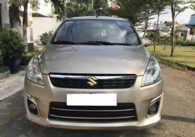 Cần bán xe Suzuki Eartiga 2014 số tự động 7 chỗ