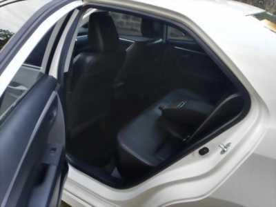 Bán Toyota Altis 2.0 full 2014