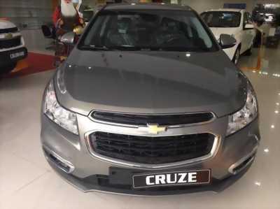 Chevrolet Cruze LT 2017, hỗ trợ vay 100% giá trị xe