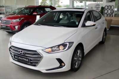 Bán Hyundai Elantra mới 100% 200 triệu