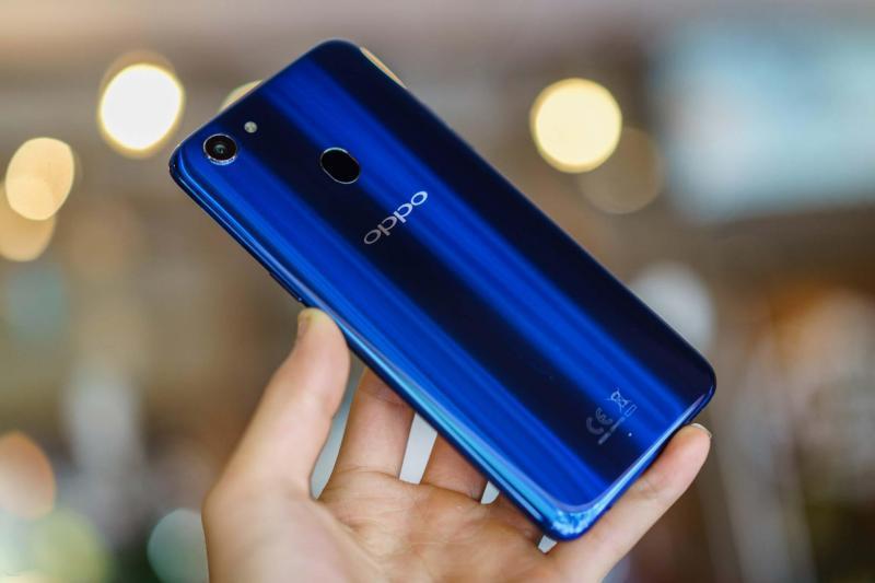 Oppo F5 32 GB xanh dương phiên bản đặc biệt