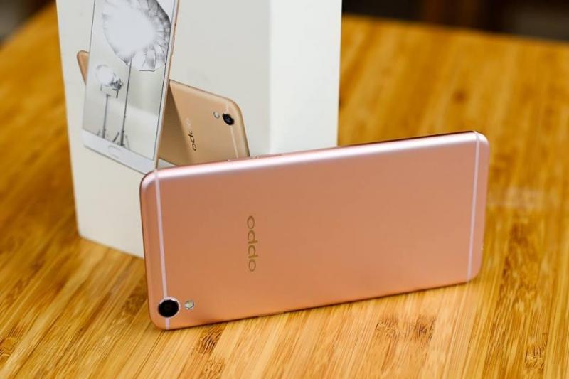 Oppo R9s Plus Ram6g/64g mh amoled 6.0 zin 98%