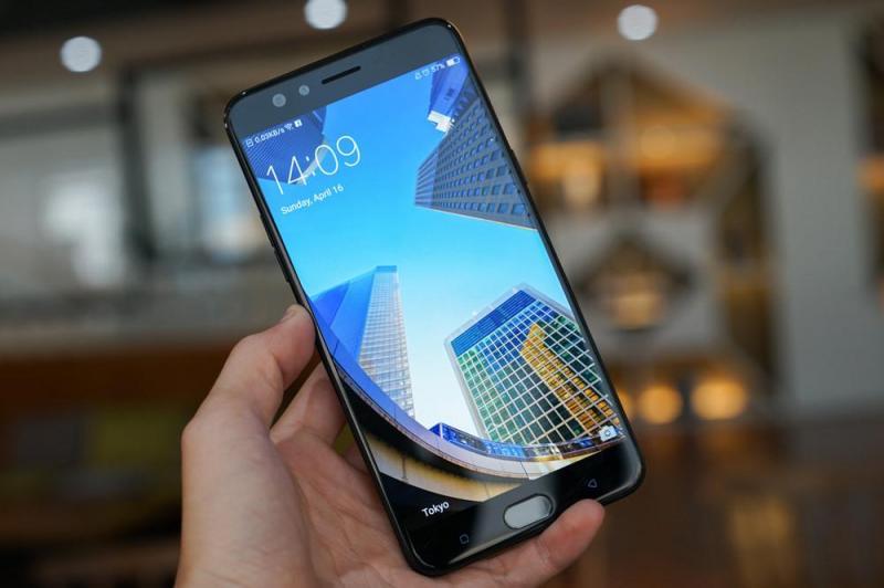 Bán điện thoại Oppo F3 plus đen mới mua được 1 tháng
