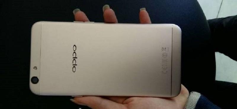 Oppo F1s màu gold cty còn bảo hành 98%
