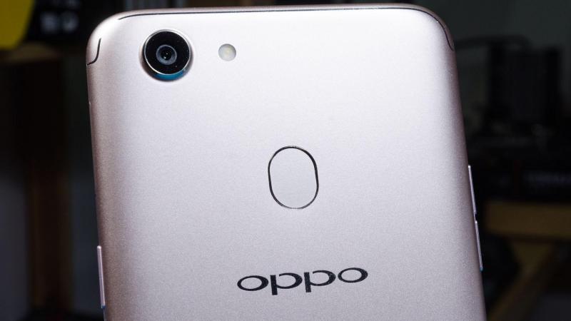 Oppo F5 Vàng 32 GB