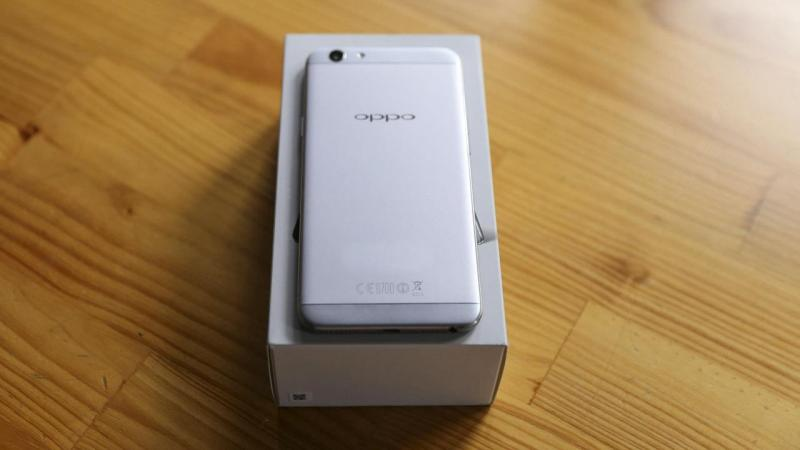 Oppo F1s Trắng