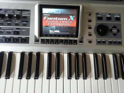 Bán organ roland fantom G6 mới mua đẹp