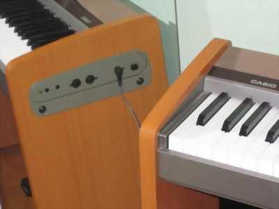 Cần bán piano casio PX100