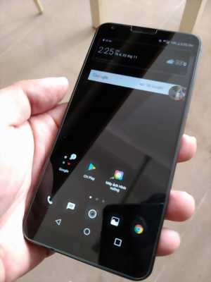 Cần tiền bán điện thoại Blackberry