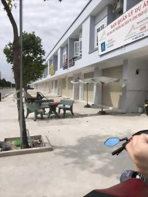 Bán nhà mới xây gần trung tâm thương . Dọn vào ở ngay. Khu vực Bàu Bàng- Bình Dương