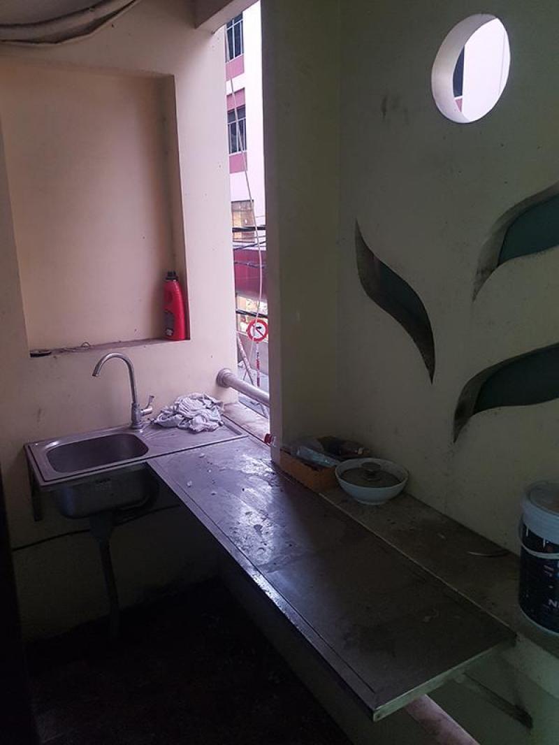Chính chủ cần cho thuê phòng trọ khu trung tâm, sầm uất, Quận 1, LH: 0585822979