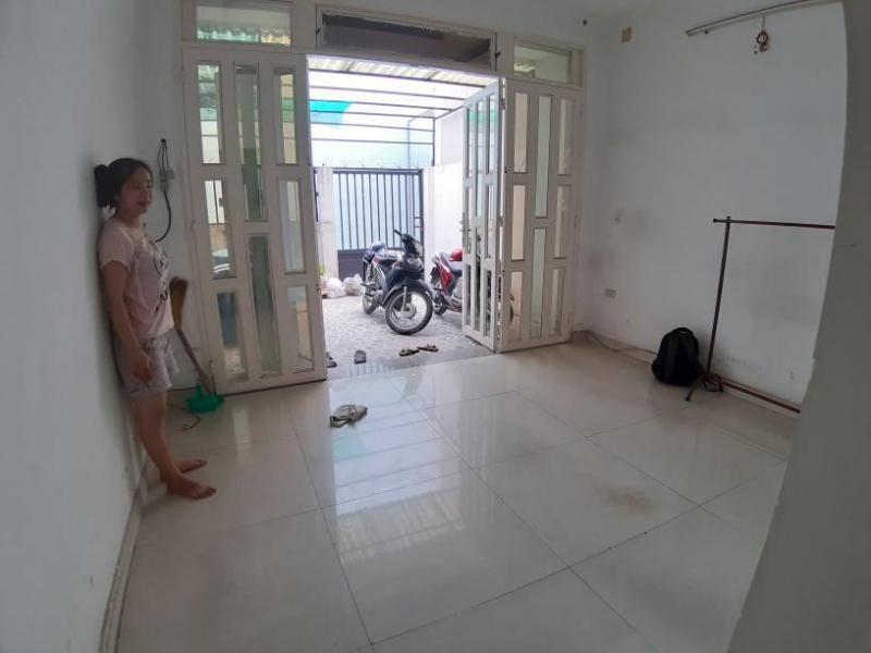 Cho thuê phòng trọ 2tr/th giờ giấc tự do, 1452/18/9 Huỳnh Tấn Phát, Q7