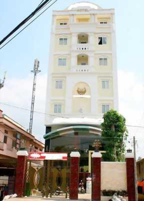Bán khách sạn 2 sao KDL Suối Tiên Q.9, 200m2