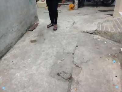 Dãy 5 phòng trọ đường Nguyễn văn cự , dt 6,3x16m