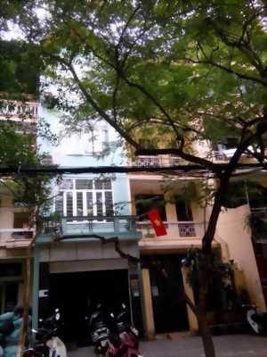 Chủ cần bán nhà trong Phố Cổ Hoàn Kiếm, Hà Nội.