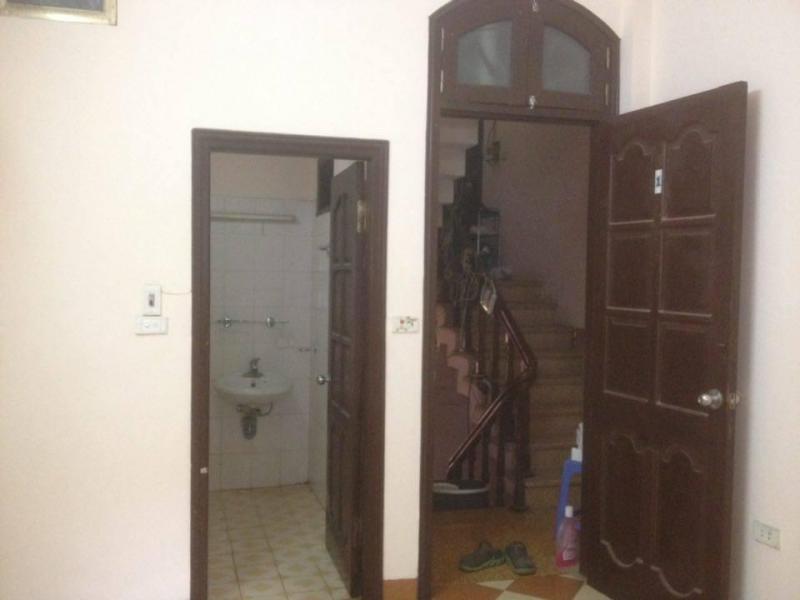 Mình cần cho thuê phòng đủ đồ tại Nguyễn Văn Cừ, Long Biên