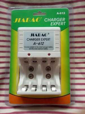Sạc Pin đa năng Jiabao A612 sạc pin 2A,3A, pin vuông 9v