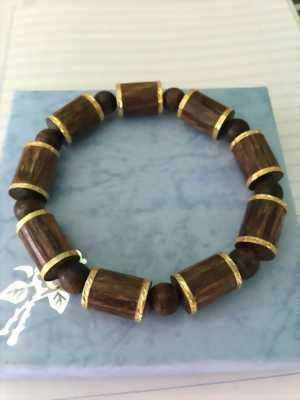 Vòng đeo tay trầm sánh đốt trúc bọc vàng 18k