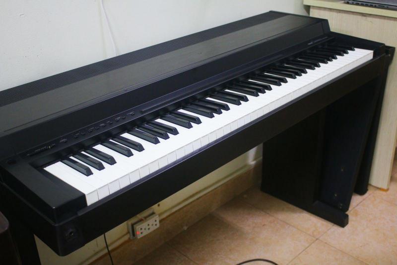 Bán đàn piano điện