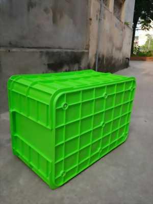 Thùng nhựa (sóng nhựa bít) HS019  được thiết kế chuyên dùng cho doanh nghiệp, nhà xưởng, nhà máy sản xuất thực phẩm như Thùng bánh kẹo, Thùng đồ ăn nhanh, Thùng đựng xúc xích, Thùng đựng thực phẩm t