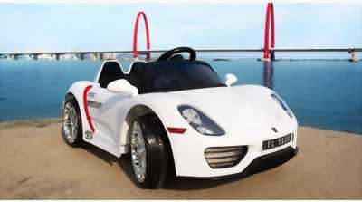 Xe ô tô điện đồ chơi cho bé giá rẻ tại TPHCM