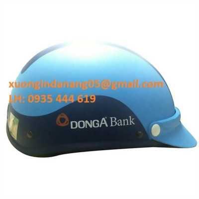 In logo lên mũ bảo hiểm quà tặng giá rẻ tại Quảng Bình 0935 444 619