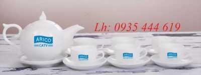 In logo công ty, doanh nghiệp lên ấm trà, gốm sứ quà tặng Quảng Bình