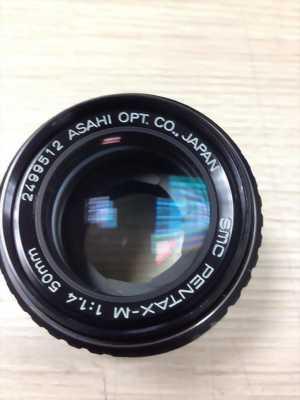 Mình cần bán bộ máy phim Nikon U và lens MF 35-70