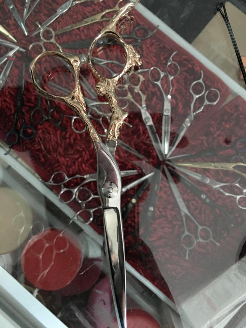 Kéo cắt tóc,phụ kiện các loại 150000