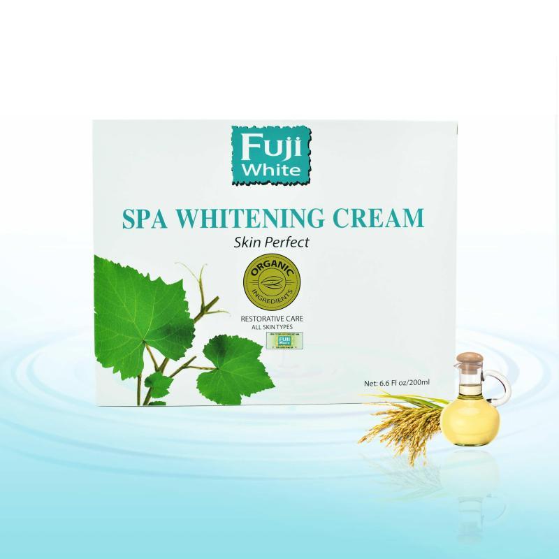 Spa Whitening Cream (Kem tắm trắng toàn thân)