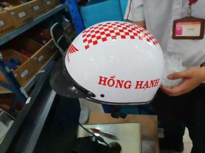 In ấn nón bảo hiểm quảng cáo , Sản xuất nón  bảo hiểm yêu cầu giá tại xưởng