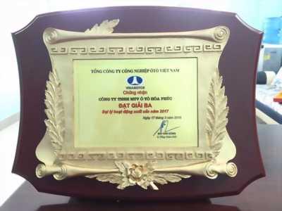 kỷ niệm chương thủy tinh giá rẻ Biên Hòa, Bình Dương