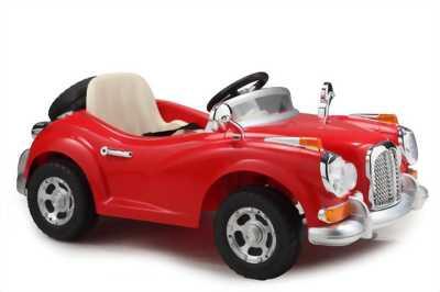Xe ô tô chạy 4 bánh máy hơi cho bé
