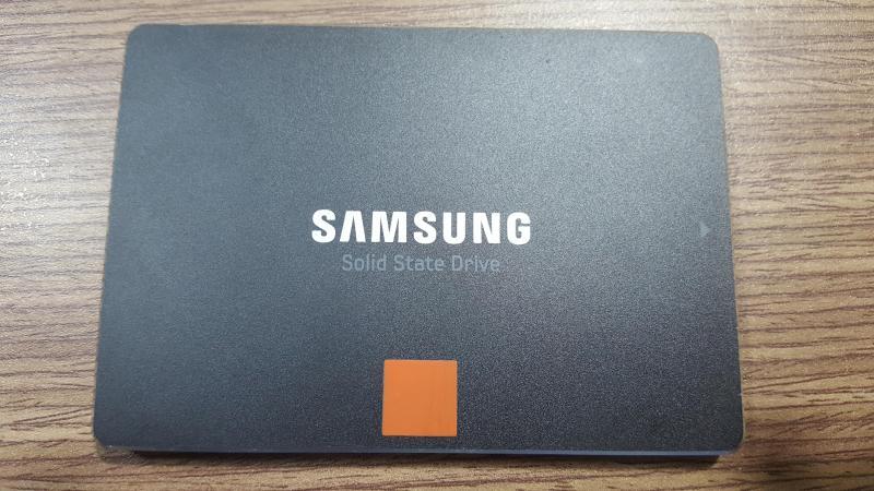 Ổ cứng laptop Samsung SSD 840 Pro dung lượng 512GB