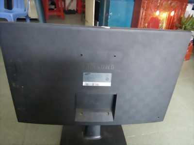 Bán 20 em LCD samsung 24' s24b240