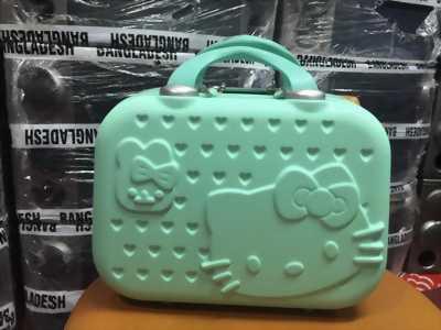 Cốp nhựa mỹ phẩm Hello Kitty dễ thương