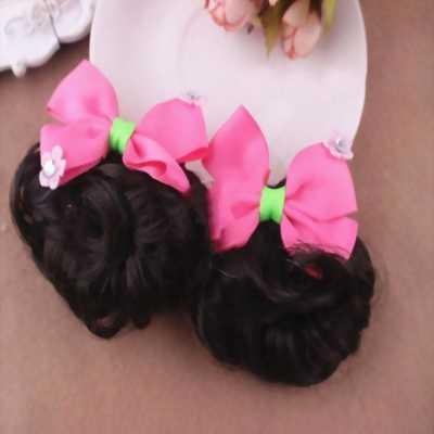 Cặp kẹp tóc cho bé tóc giả nơ hồng đính 2 hoa nhỏ