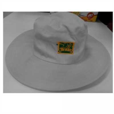 Những mẫu nón được đón chào tháng 05