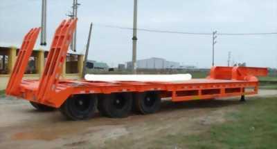 Đại lý bán Rơ Mooc lùn sàn võng Doosung chở xe 3 trục