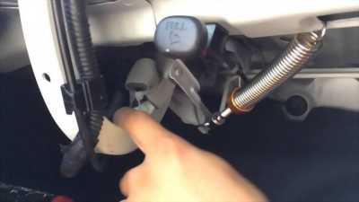 Lò xo tự động mở cốp lắp cho xe ô tô các loại